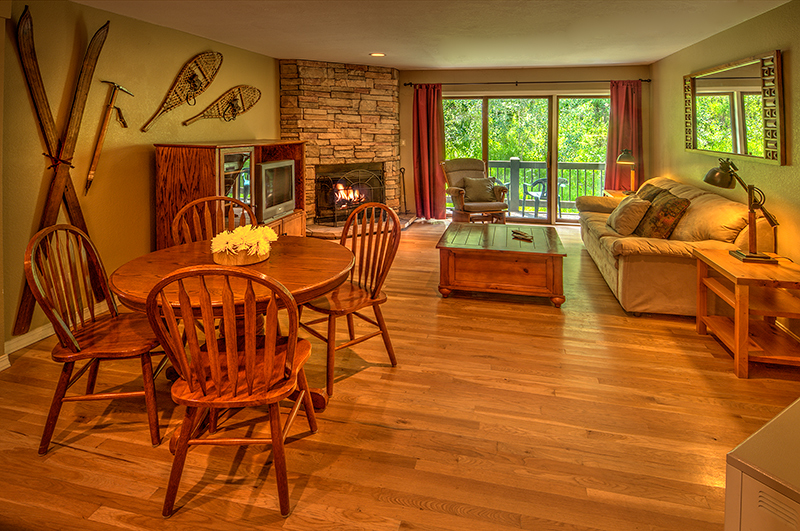 Oak floors, wood burning fireplace and the National Forest